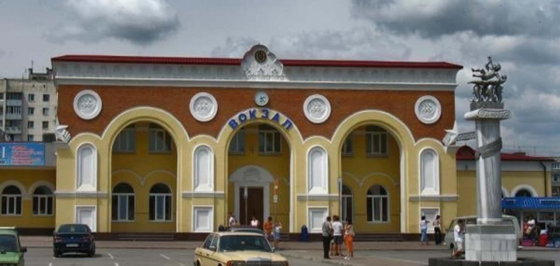 Одну з ж/д гілок в Крим перекриють бетонними плитами