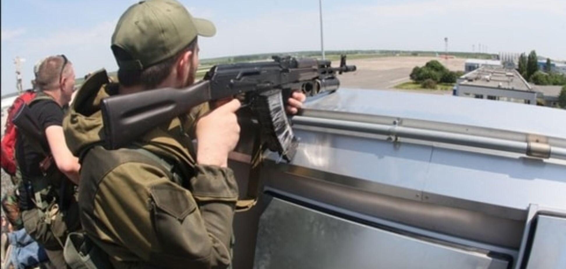 Пьяные террористы 'ДНР' обстреляли российских наемников в Дебальцево