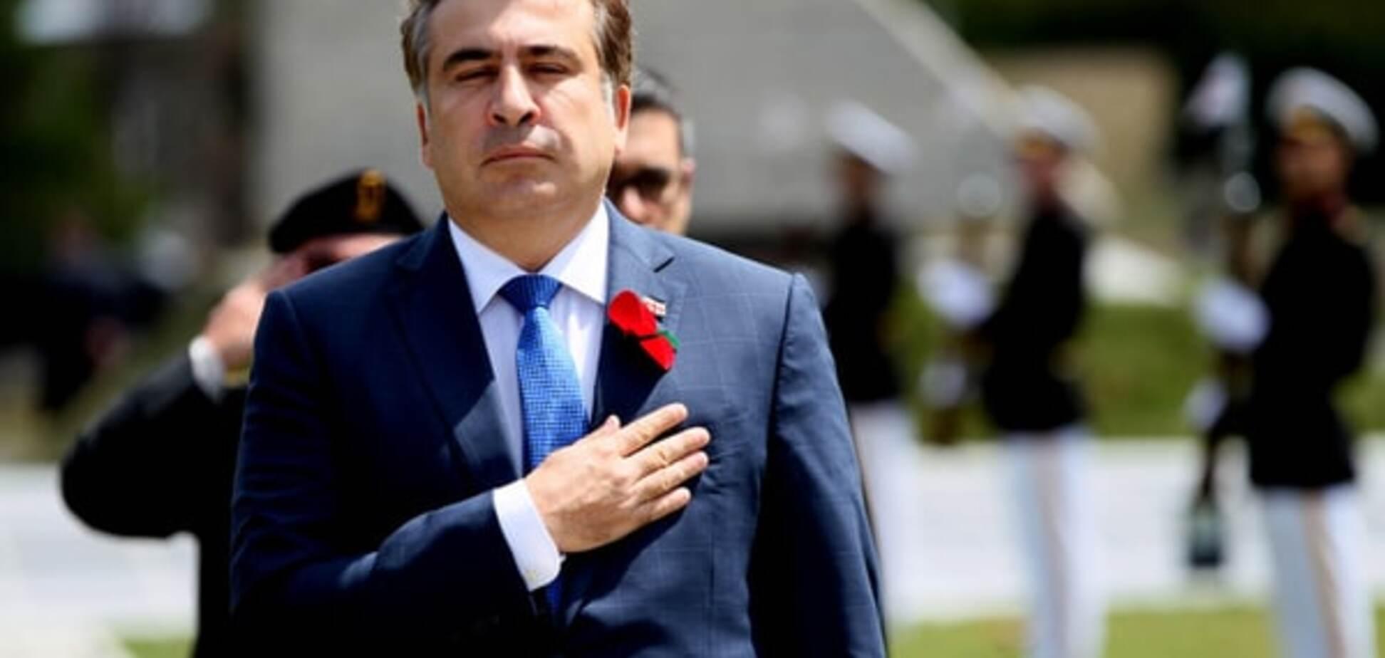 Саакашвили объяснил, почему Порошенко закрывает глаза на коррупцию