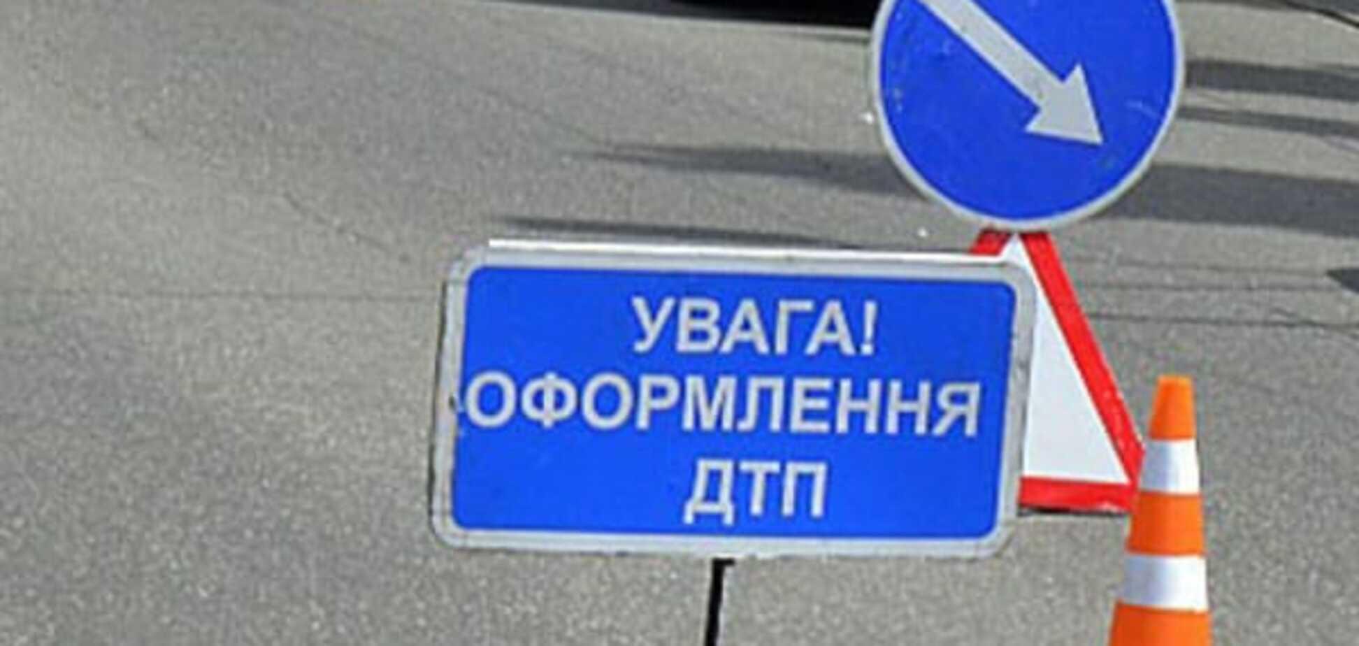 Смертельна ДТП під Києвом: водій виїхав на зустрічну смугу