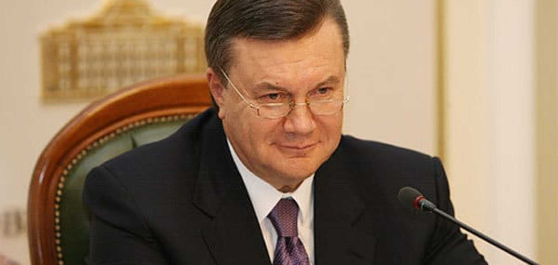 Журналісти дізналися, кому належать вертолітні майданчики Януковича