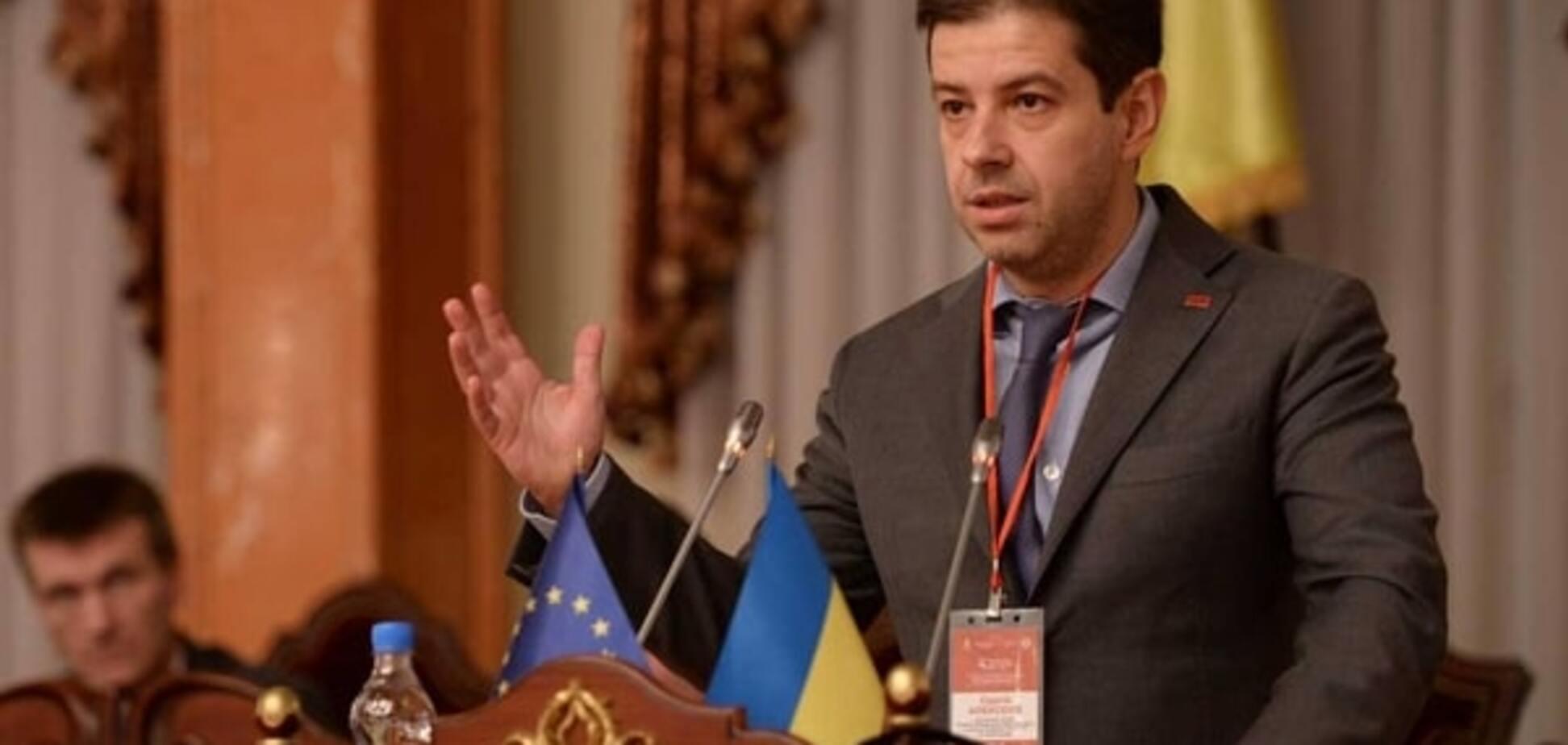 Децентрализацию используют как повод для раскачивания ситуации в стране - Алексеев