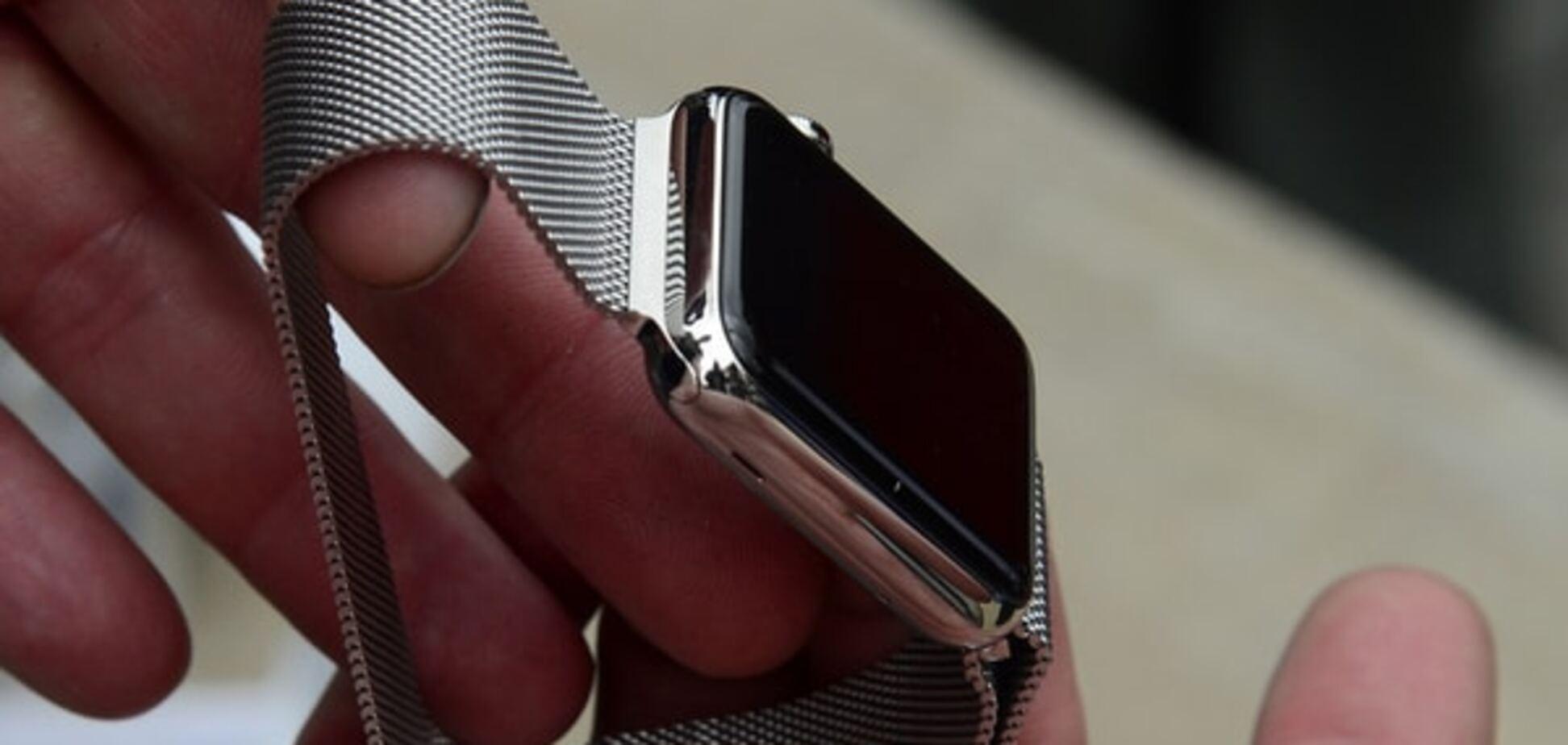 От Порошенко до Кличко и Гройсмана: у политиков мода на 'умные' часы Apple