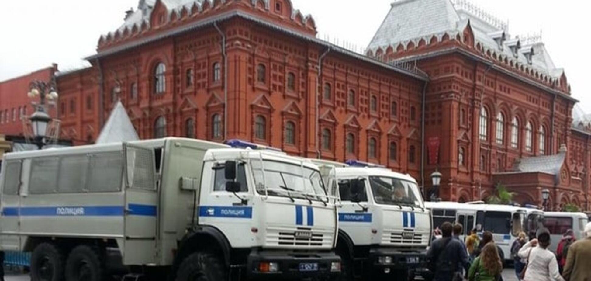 Праздник общего режима. День города в Москве превратился в День милиции: фотофакт