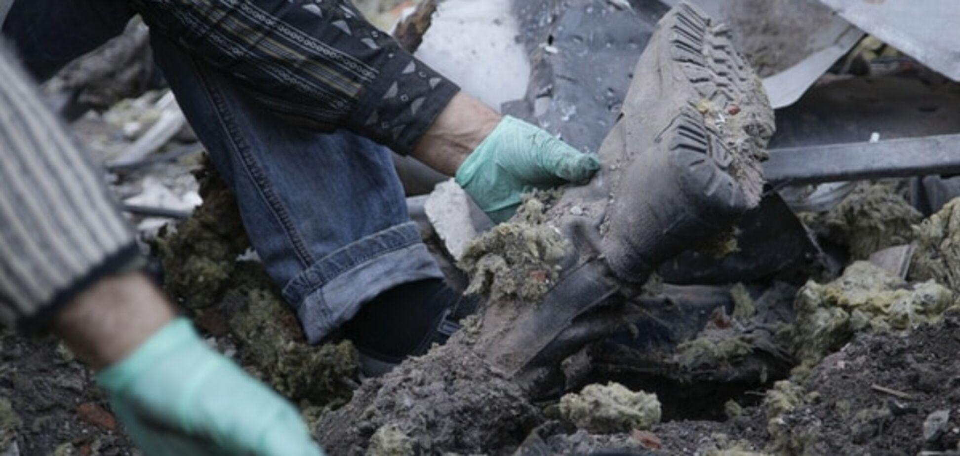 Пять террористов подорвались на мине в Луганской области
