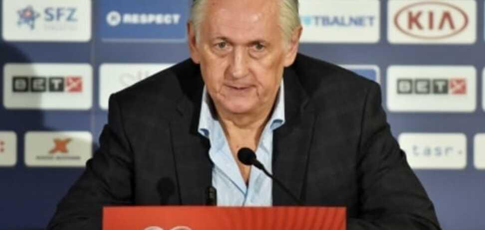 Все смешалось в доме Фоменко: тренер сборной Украины невнятно объяснил бледную ничью со Словакией