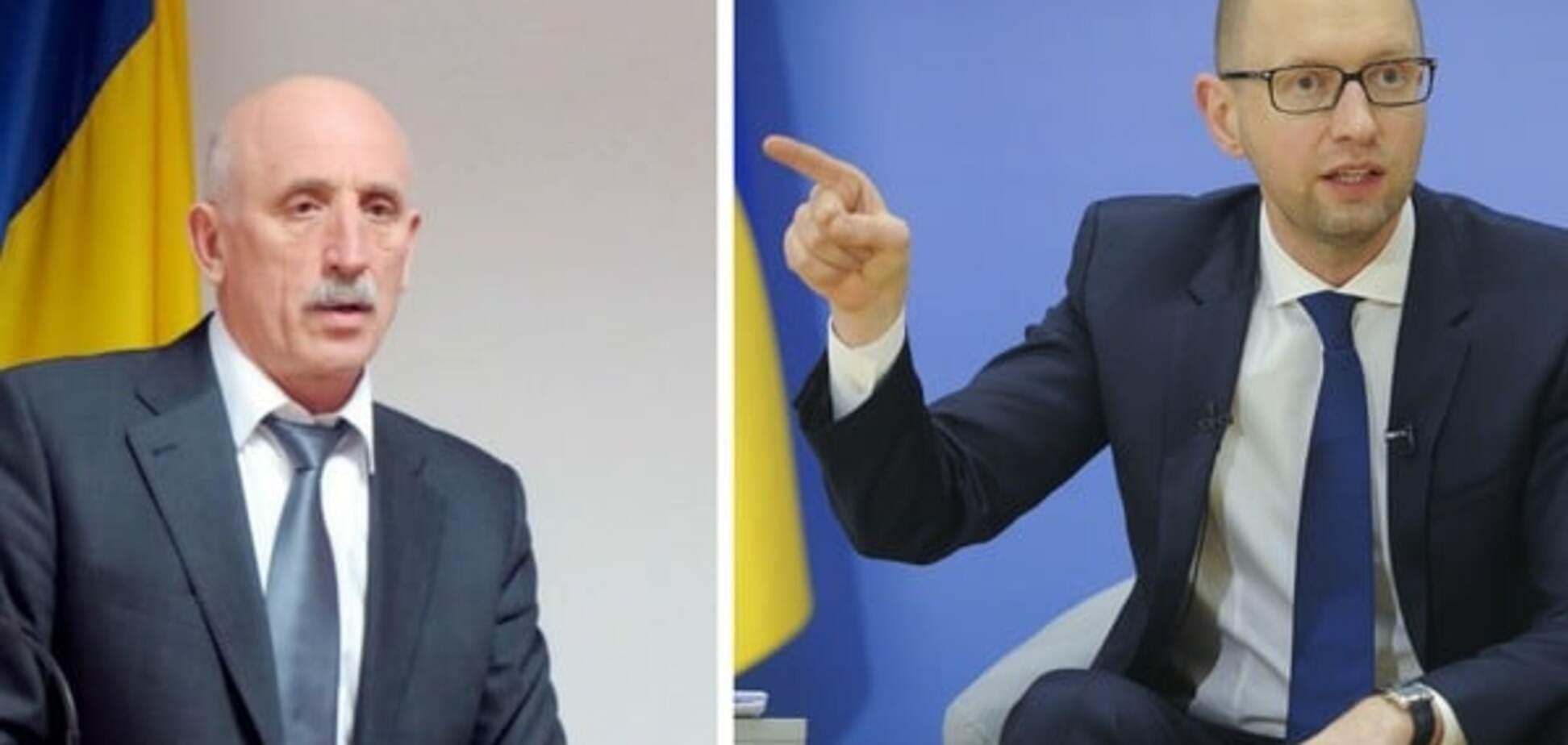 Кумівство та корупція: керівника пенітенціарної служби викрили в родинних зв'язках з Яценюком