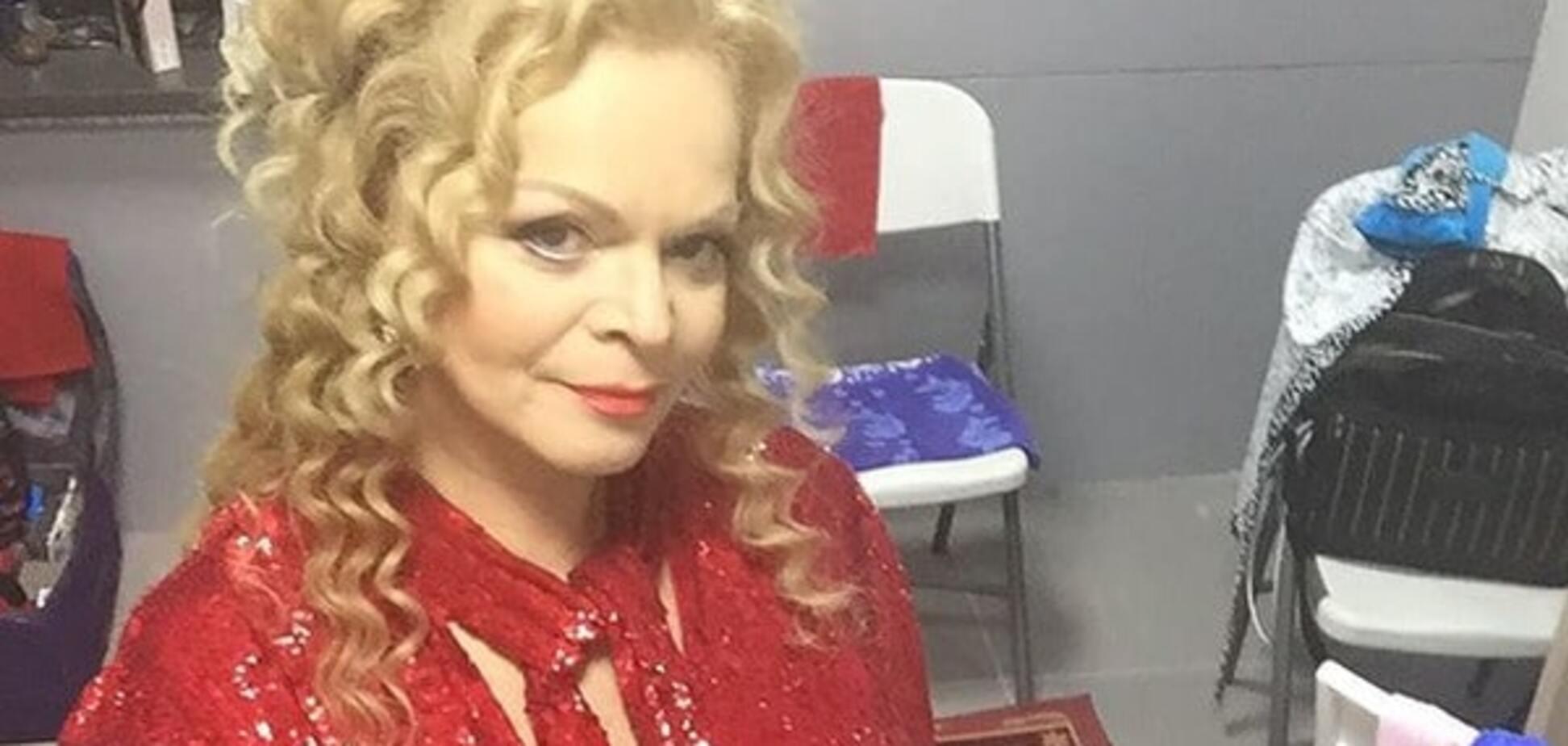60-річна Доліна шокувала великим животом: фото співачки в Сочі