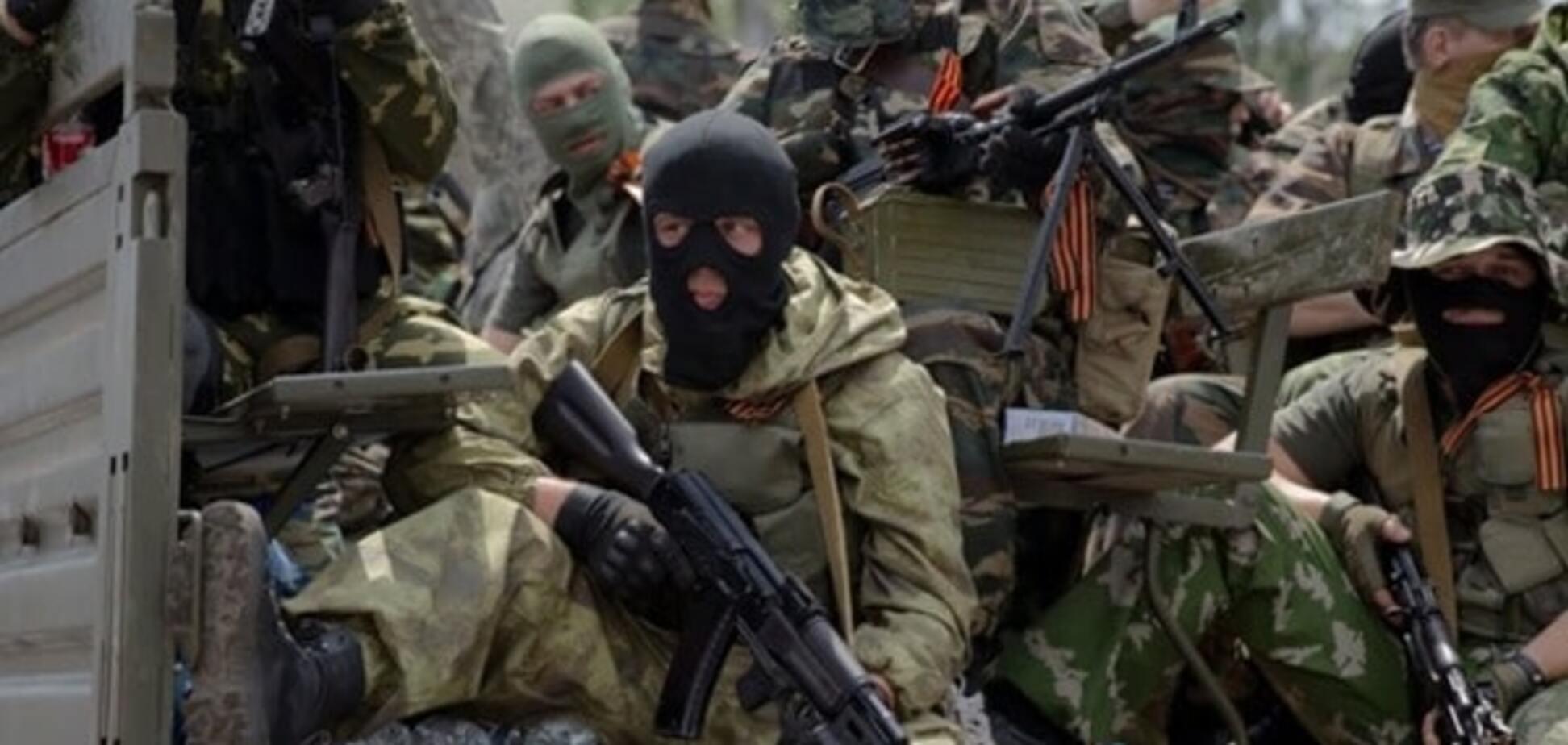 Не плодити дезертирів: у бойовиків на Донбасі відбирають паспорти