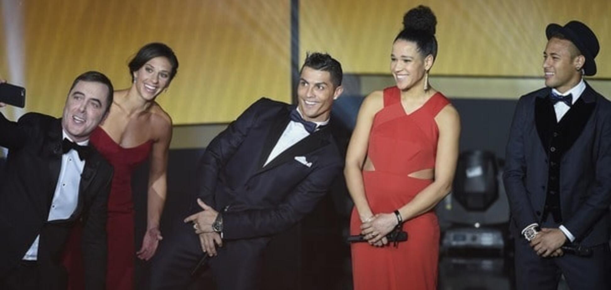 Роналду устроил бойкот звезде 'Барселоны' на церемонии вручения 'Золотого мяча'