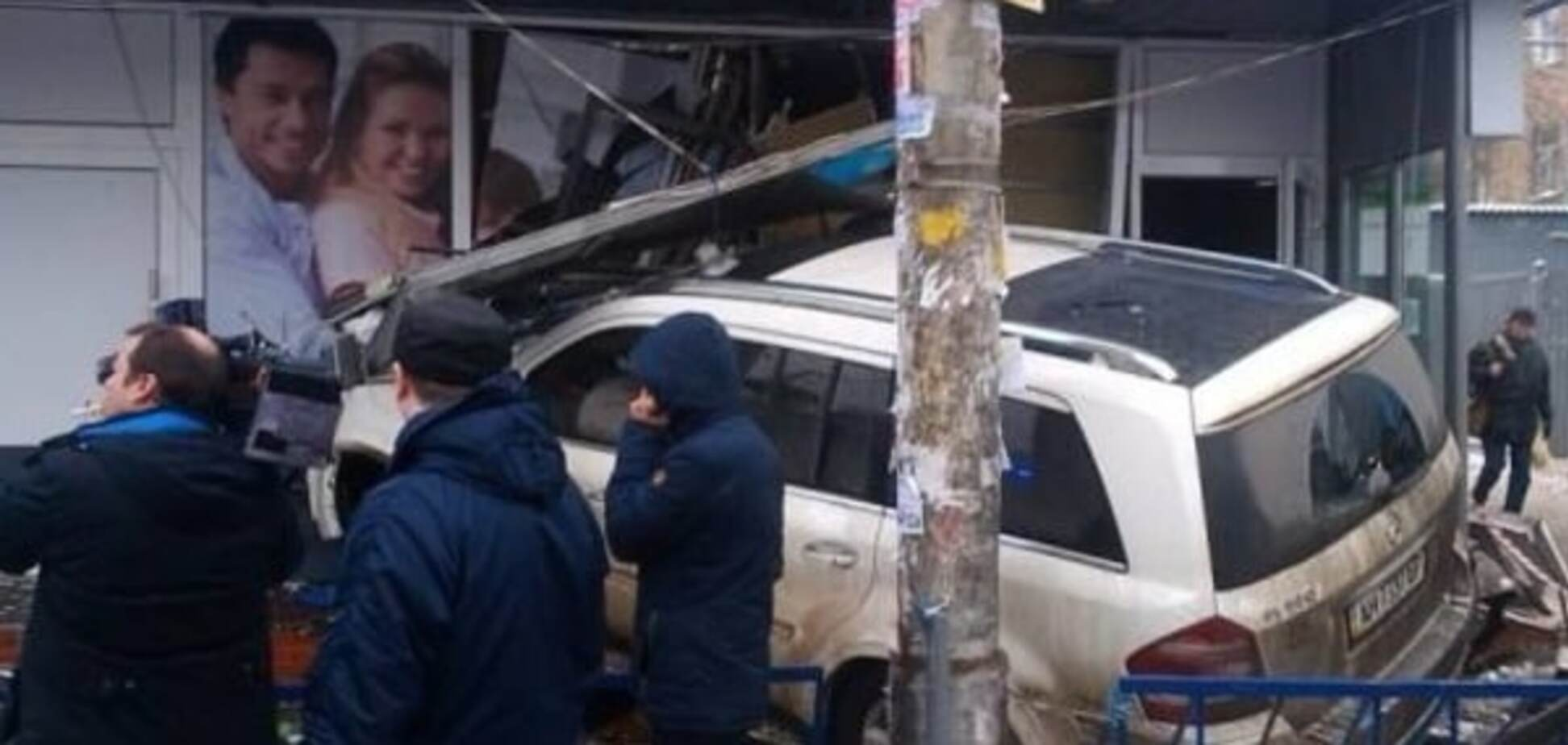 Смертельное ДТП в Киеве: водитель-мажор угодил в больницу
