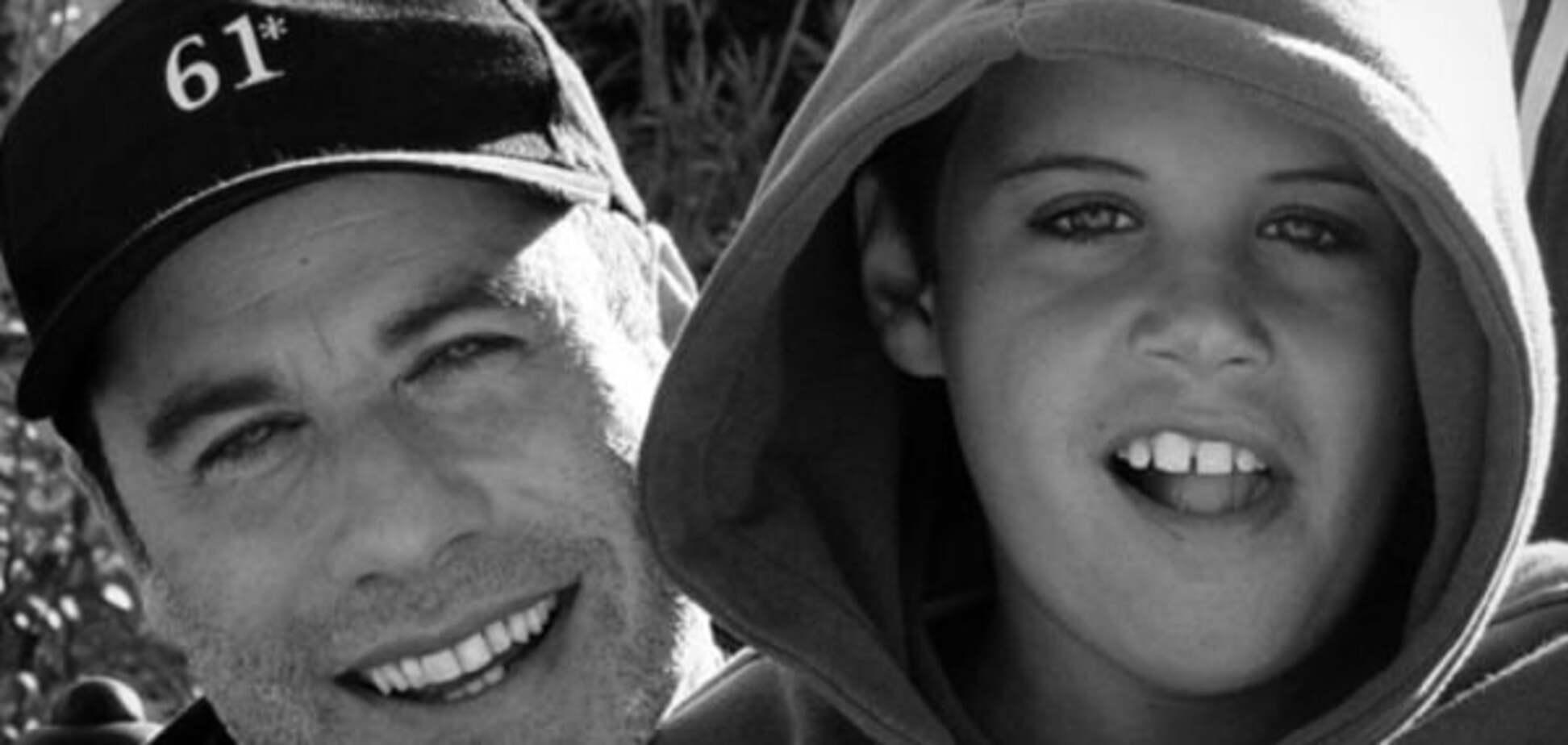 Джон Траволта опубликовал трогательное сообщение в память о сыне