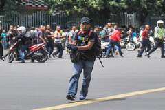 Взрывы в центре Джакарты: видео и подробности серии терактов