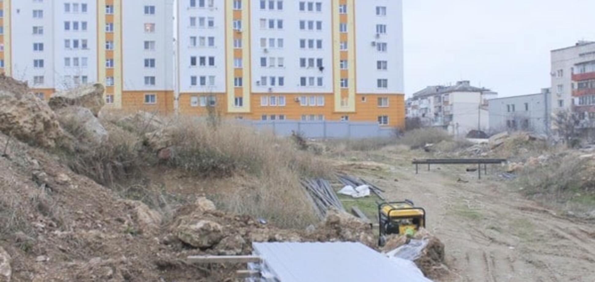 Путин, отмени! Жители Севастополя недовольны стройкой для ФСБ