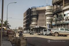 Террористы захватили заложников в гостинице в Буркина-Фасо: 27 жертв, среди них - украинцы