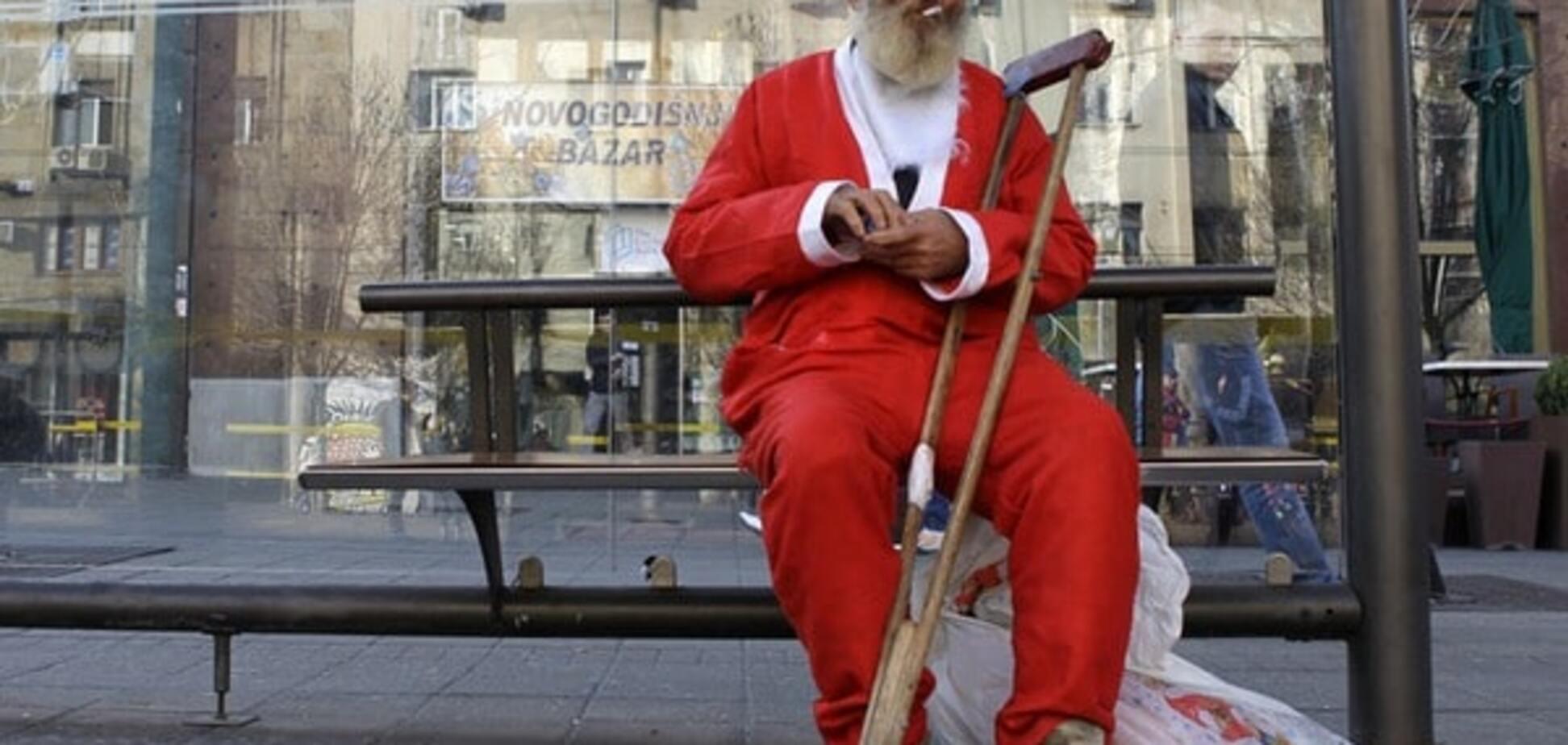 Плохой Санта: в США почтальон выкинул новогодние подарки на мусор