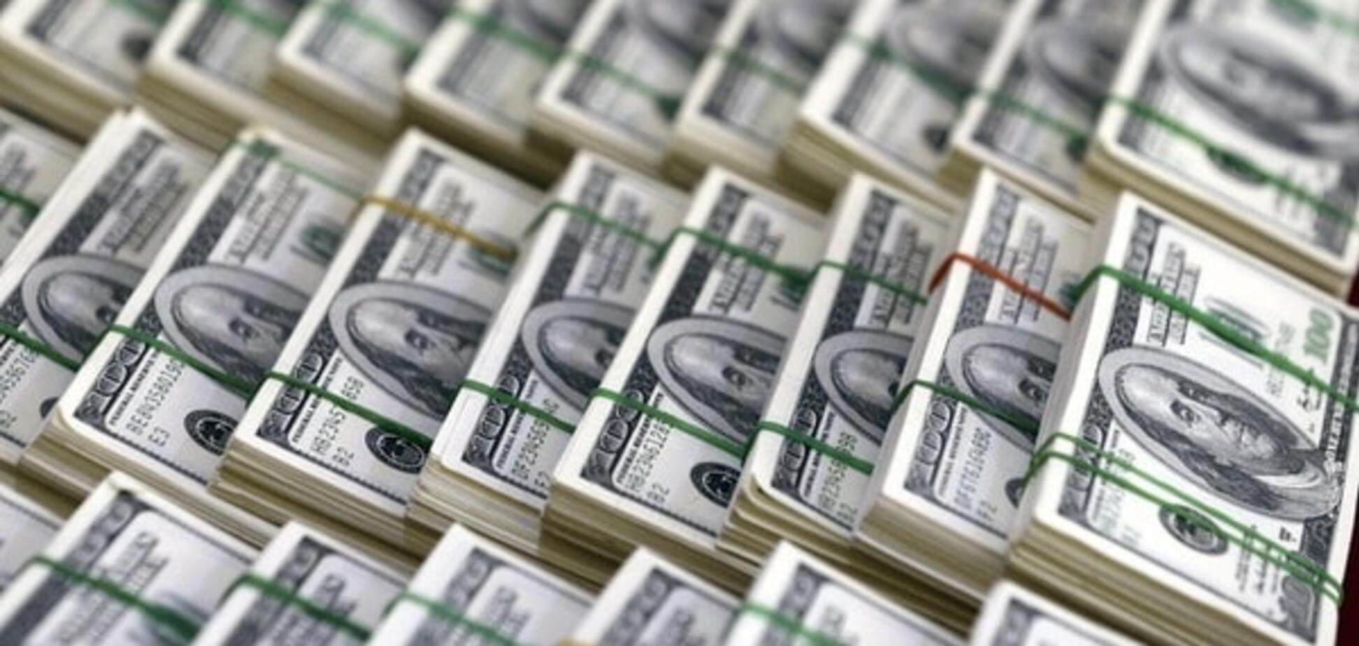 Поки падає рубль: гривня на міжбанку різко зміцнилася