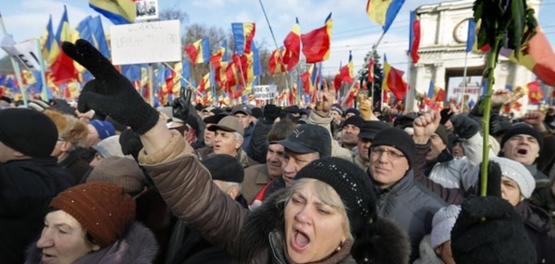 Молдавська опозиція висунула владі ультиматум: фоторепортаж і відео