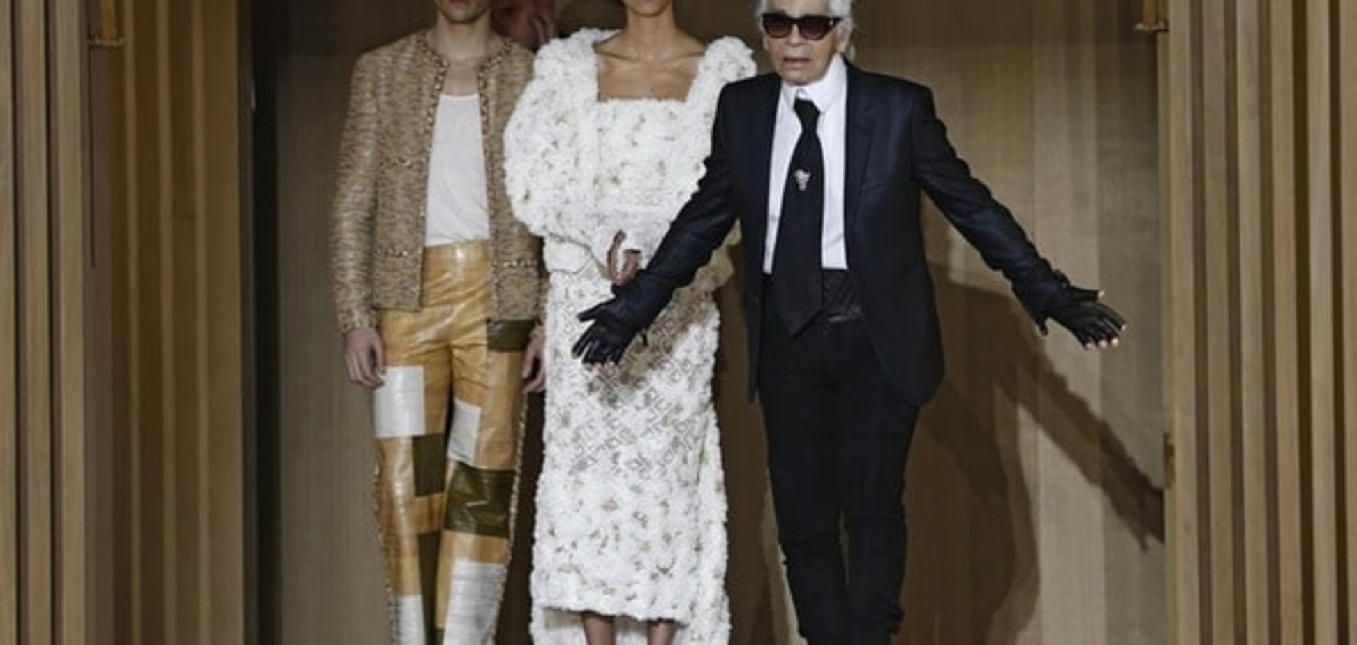 Новая коллекция Chanel: Лагерфельд 'перенес' моделей в начало XX века