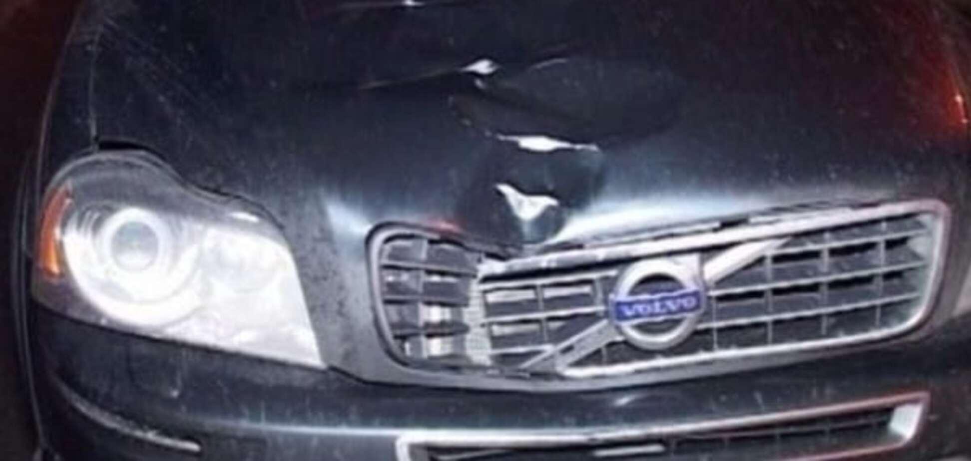 Відбитки пальців і прослушка: правозахисник розповів про ДТП з авто Омельченка