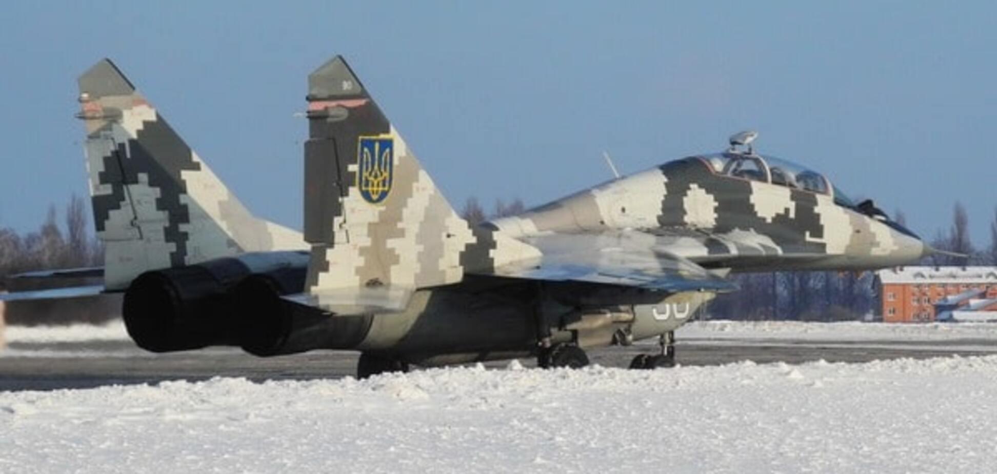 Хозяева неба: украинские боевые самолеты показали высший пилотаж. Фоторепортаж