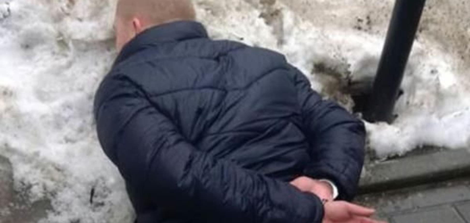 В Киеве на взятке в 80 тысяч попался майор полиции