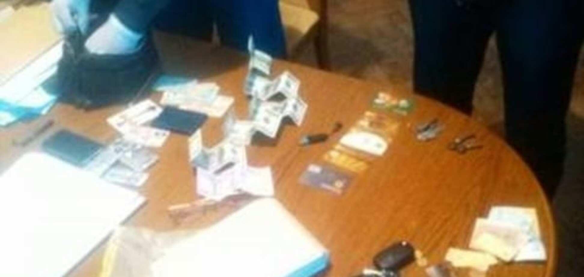'Досудился': на Львовщине судья попался на взятке $1500
