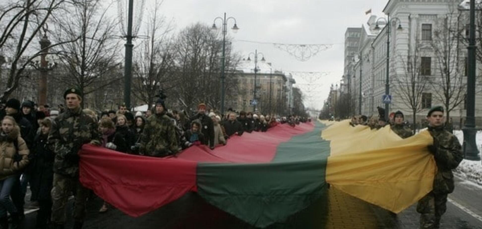 Маховик завертелся: Литва припомнила России военные преступления СССР