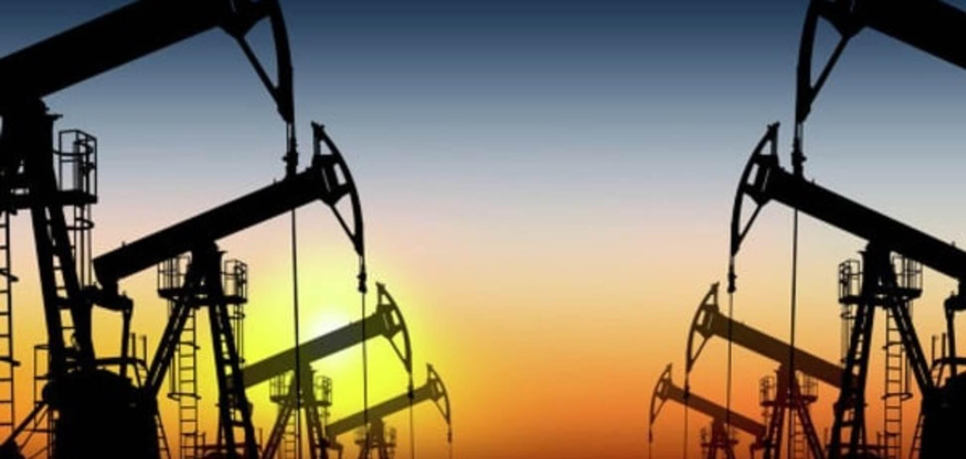 Обвал на бирже: нефть эталонных марок обновила 20-летние минимумы
