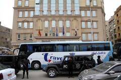 В Каире обстреляли автобус с туристами: опубликованы фото и видео