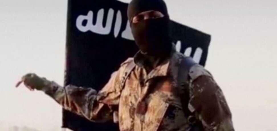 Никого не жалко: террорист ИГИЛ публично казнил собственную мать