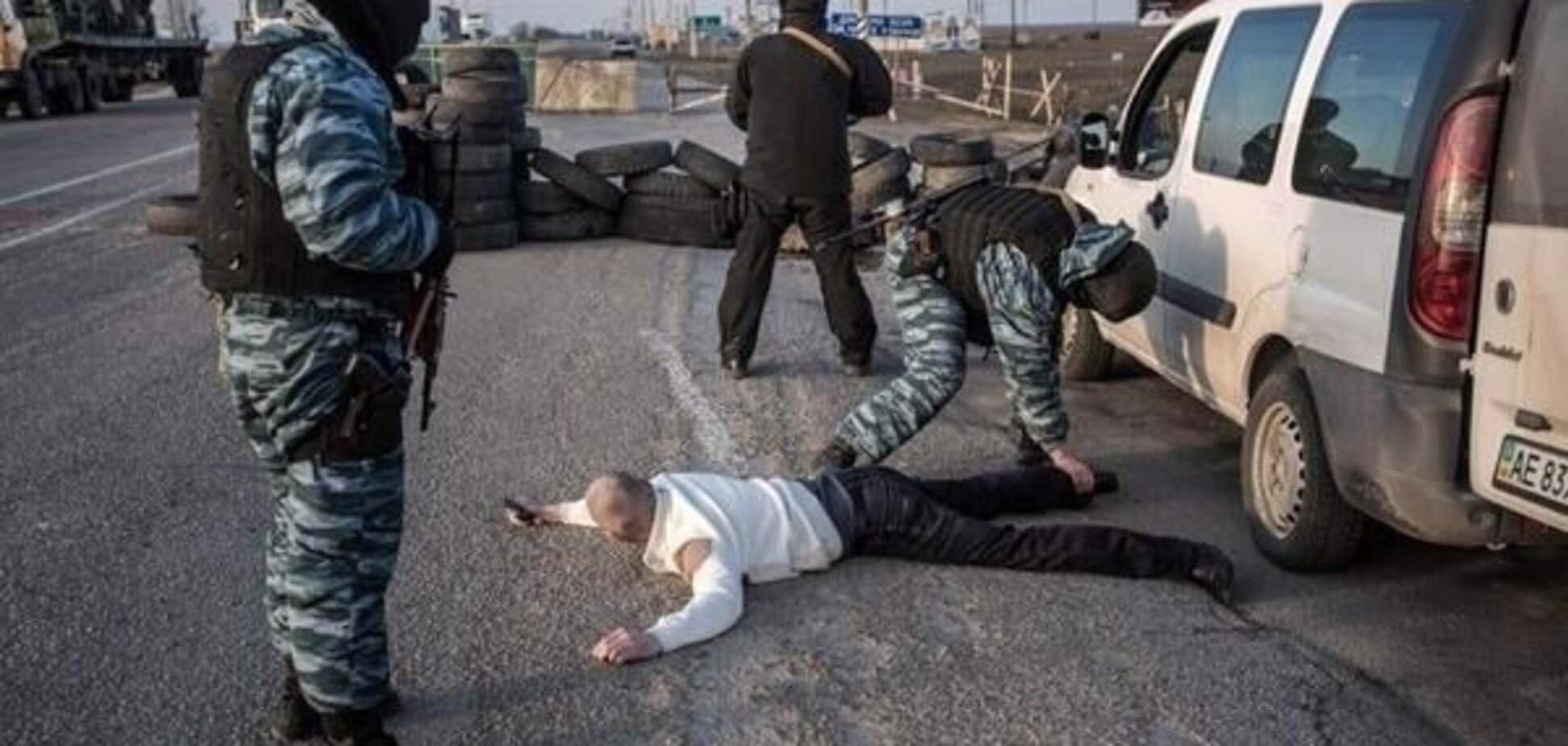 Обличчям в землю: терористи 'заламали' спостерігачів ОБСЄ на Донбасі