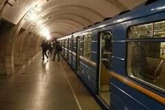 Після 'Петрівки': журналіст назвав станції метро Києва, які потрібно перейменувати