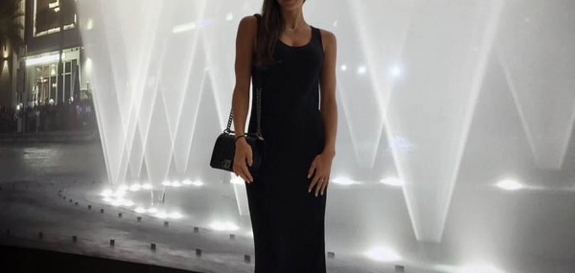Ризатдинова похвасталась новым платьем с роскошным декольте: фото гимнастки