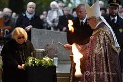 Похороны Анджея Вайды