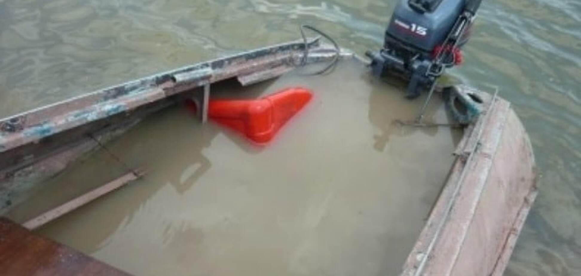 В Запорожье на Днепре перевернулась лодка – утонул рыбак