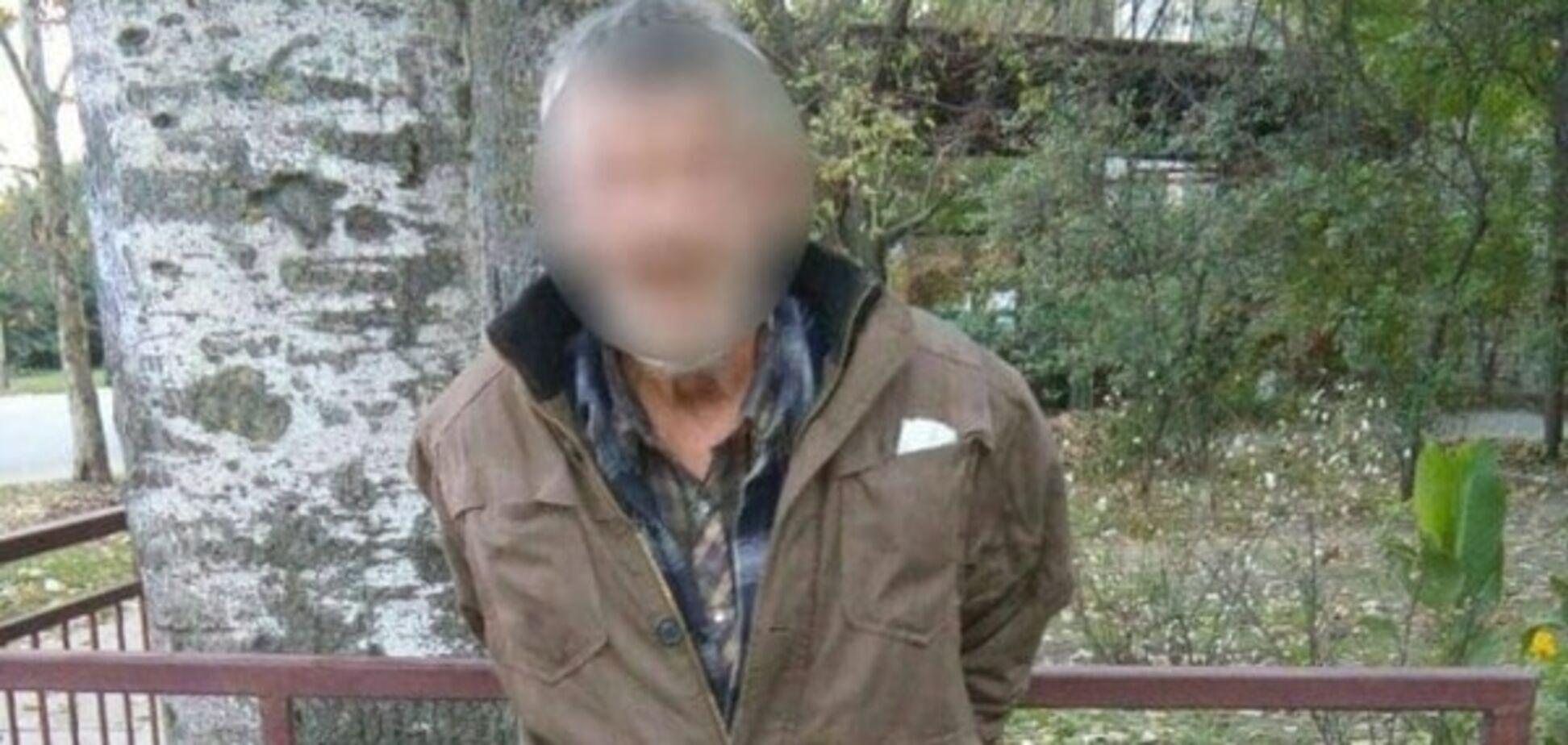 В Херсоне грабитель едва не зарезал женщину