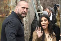Ким Кардашьян с телохранителем