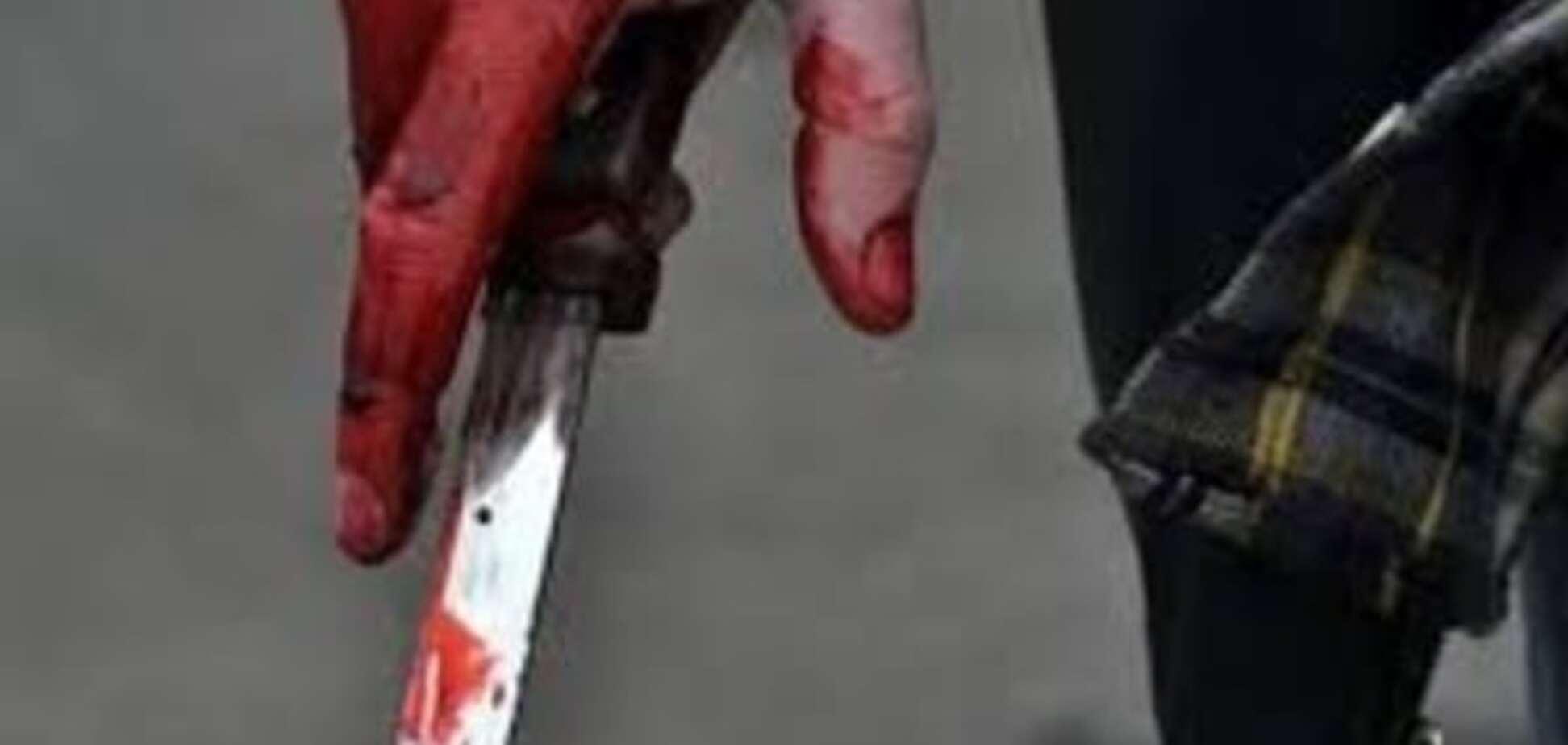 В Запорожском районе один сосед ударил другого ножом в живот