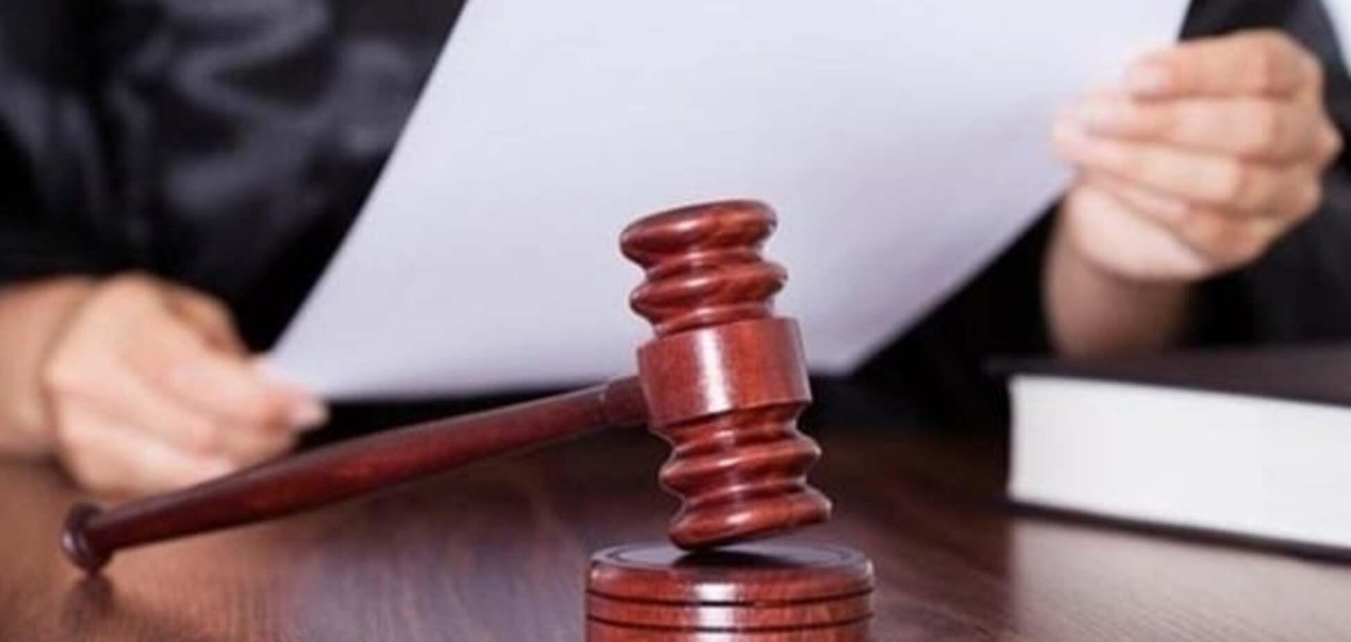 Суд залишив на посаді слідчого-злодія з ГПУ