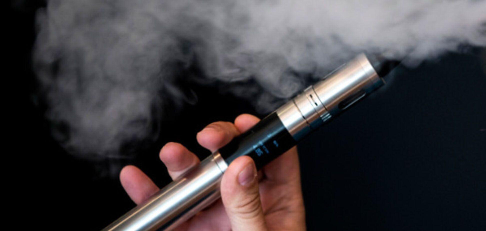 В Киеве из-за взрыва электронной сигареты пострадал подросток