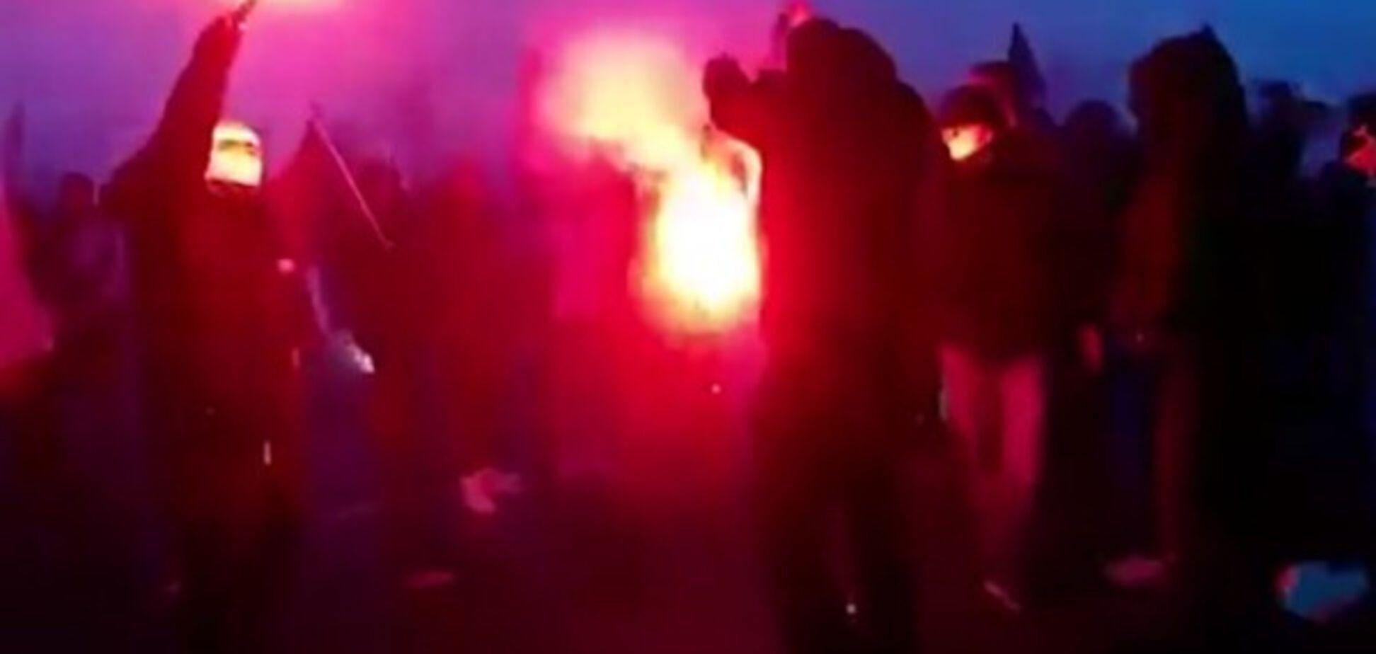 Спалення українського прапора польща