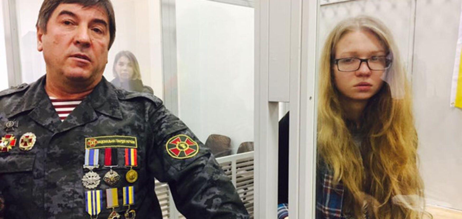 Юрий Тимошенко из НФ приковал себя наручниками к Заверухе в суде
