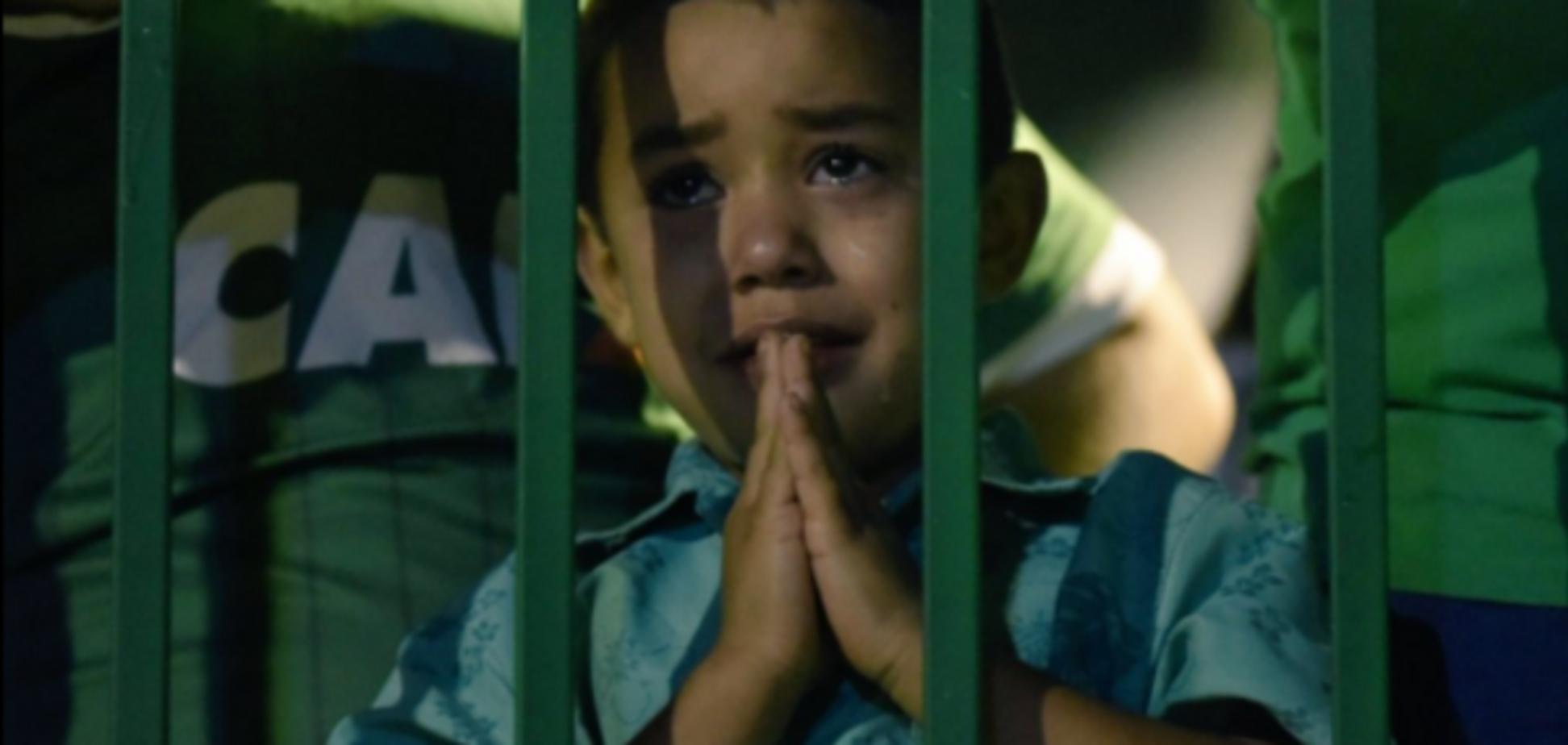В Бразилии трогательно попрощались с погибшей в авиакатастрофе командой 'Шапекоэнсе': опубликованы фото и видео