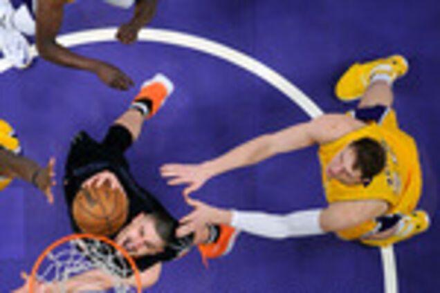 Драма дня: команда украинца Лэня устроила качели в матче НБА