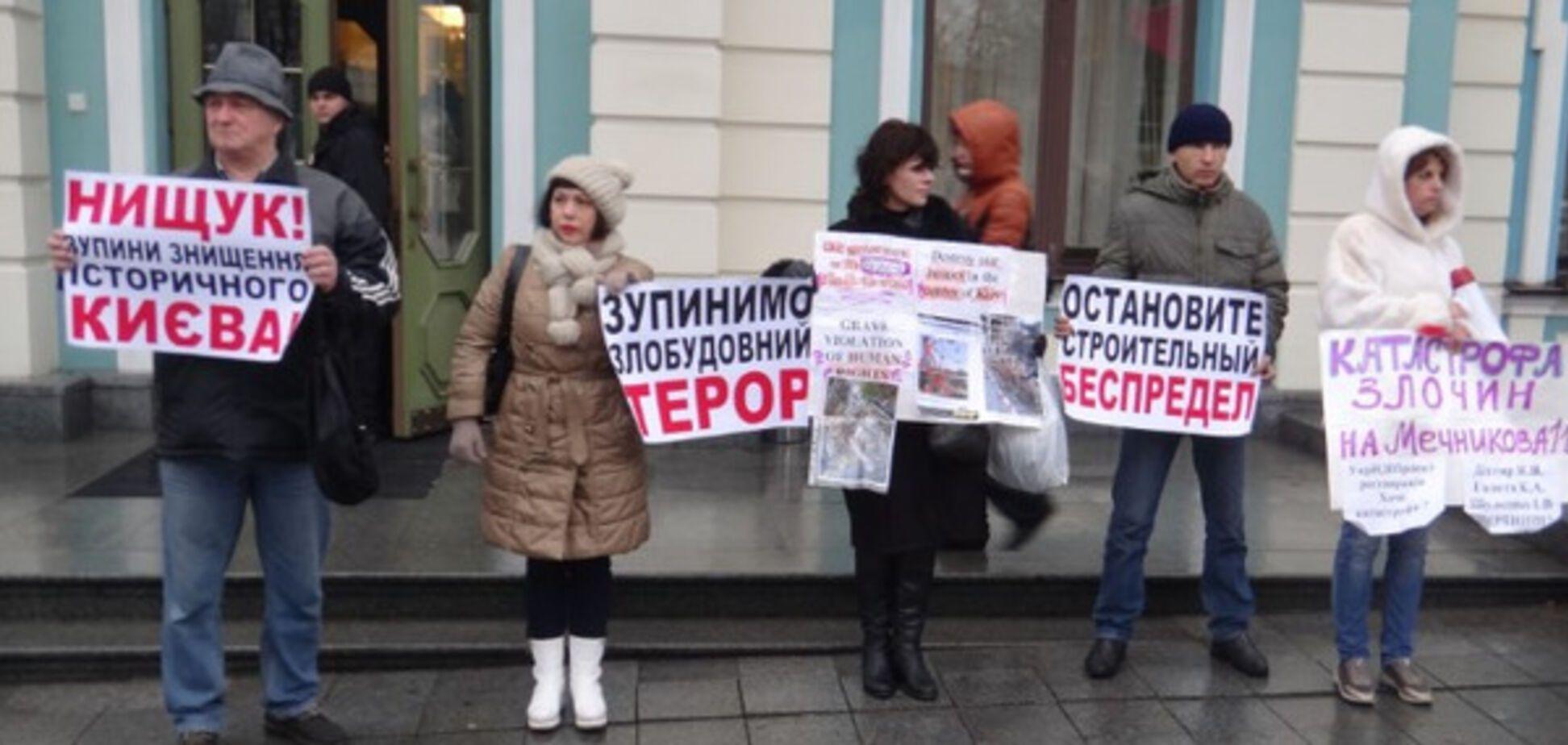 Заступник міністра культури Мазур: мітингувальники на Мечникова - проплачені