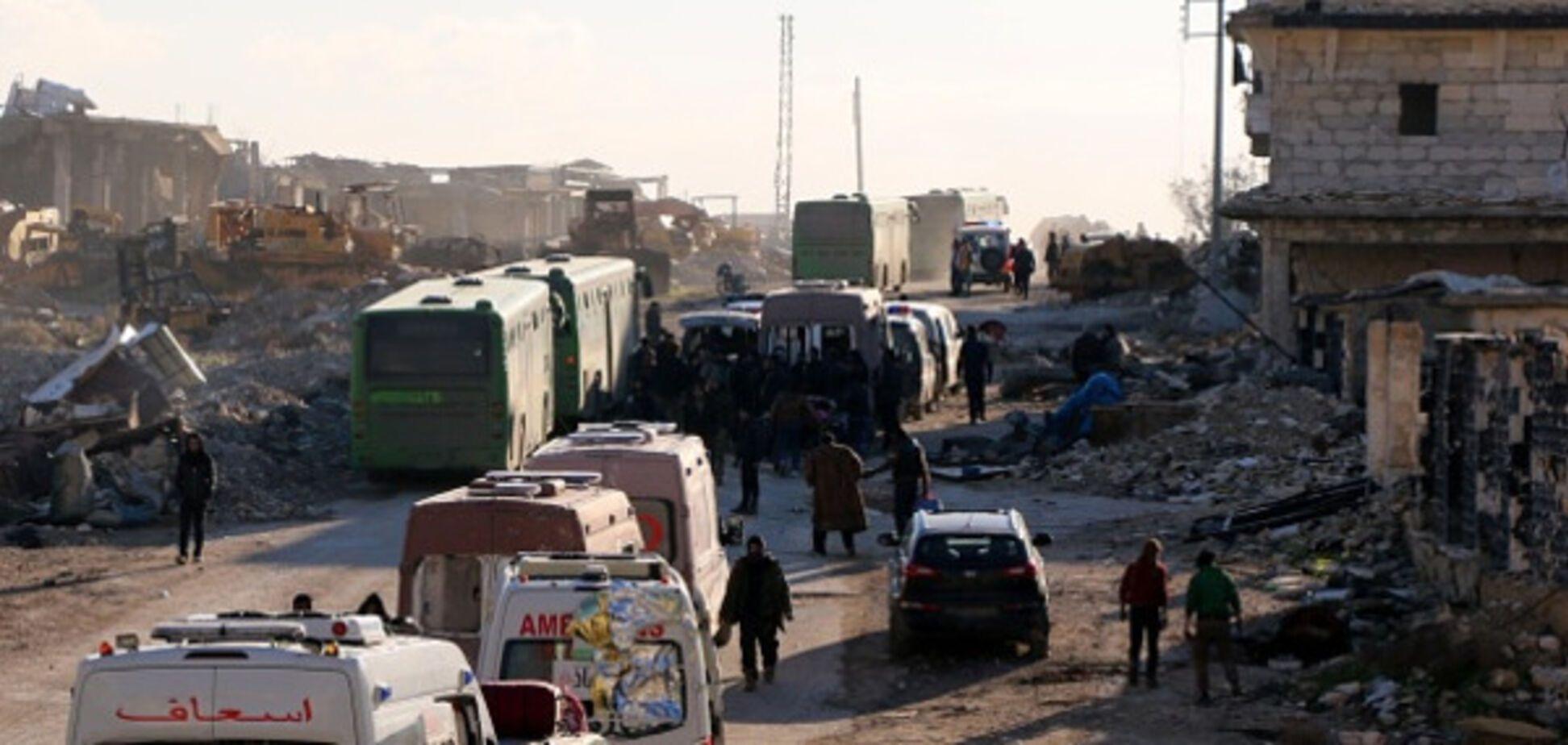 Без росіян не обійшлося: зірвано евакуацію мирного населення з Алеппо