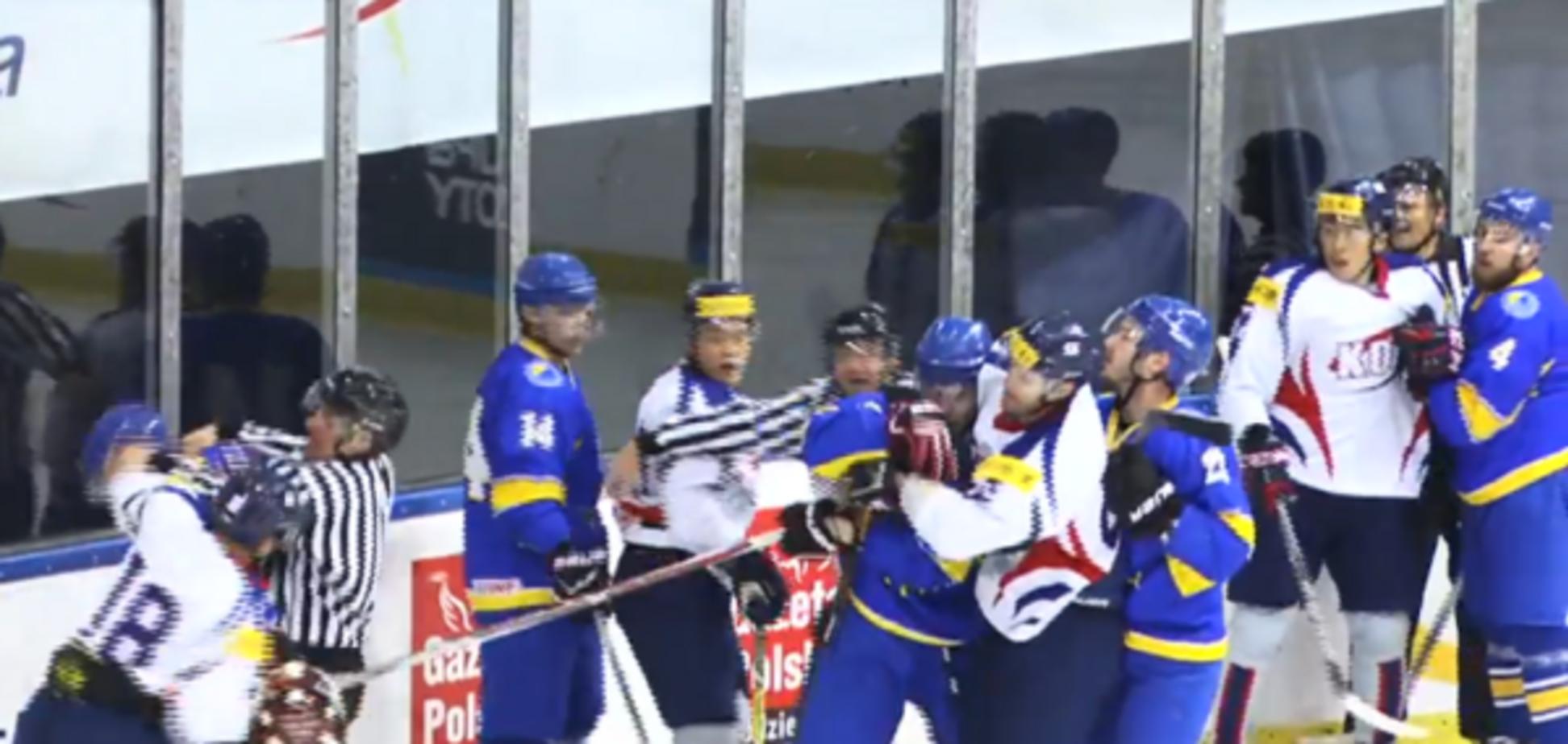 Бійка українських хокеїстів