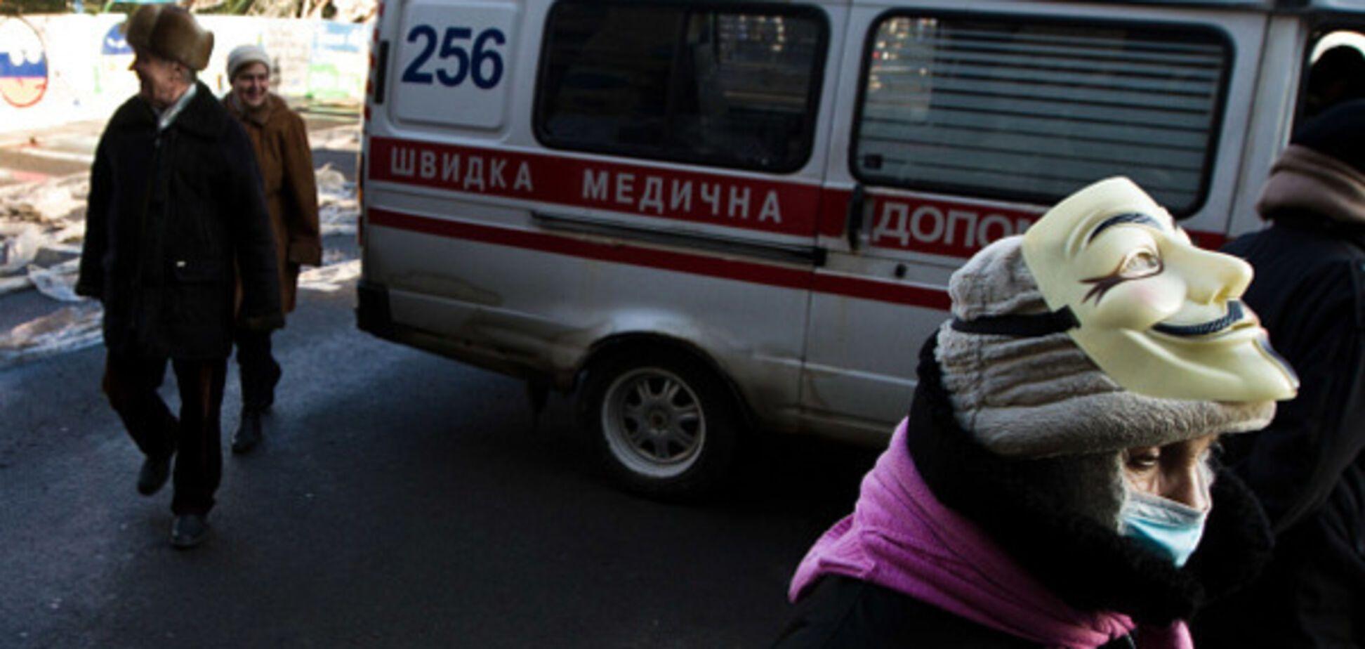 'Швидка їхала аж 17 хвилин': соцмережі розбурхала смерть 62-річного чоловіка