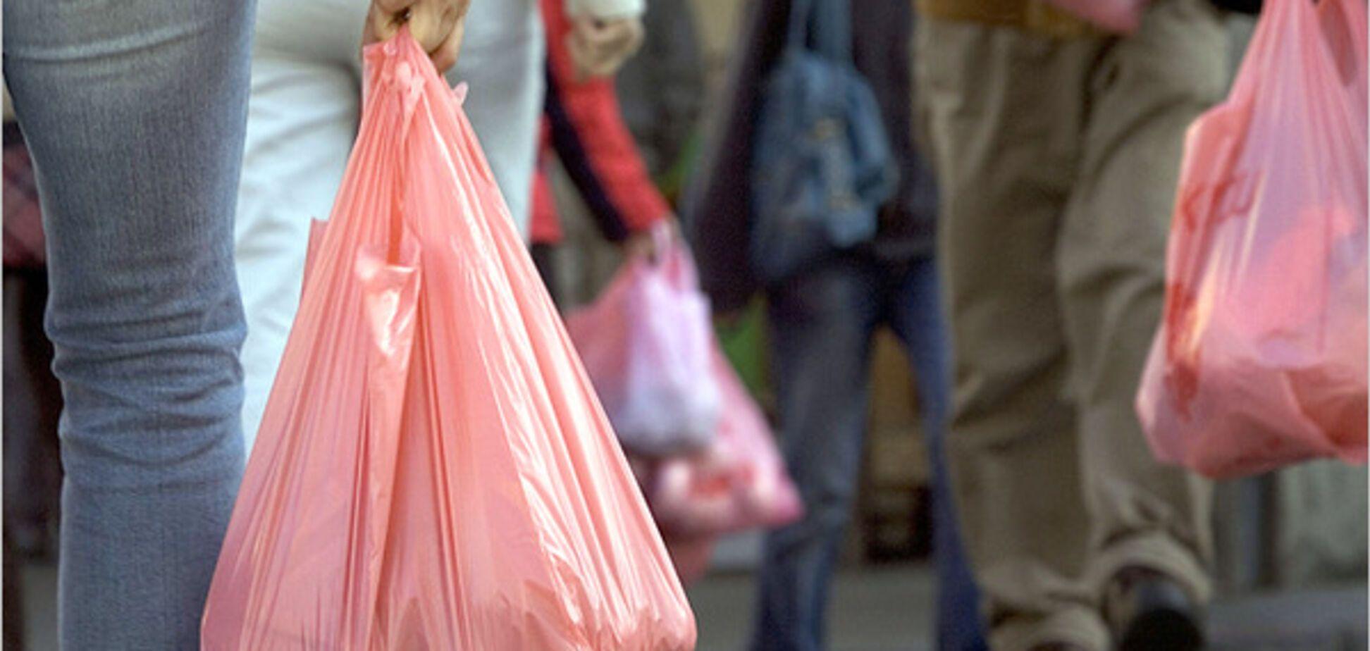 Киян атакують 'голодні грабіжники': забирають сумки з продуктами